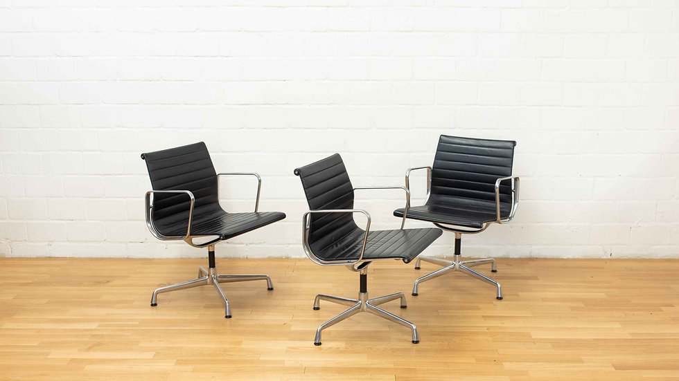 Vitra Eames EA 108 Aluminium Stuhl in Leder, Aluminium polliert