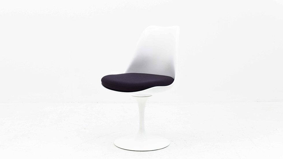 4er Set - Eero Saarinen Tulip Sidechair von Knoll Studio