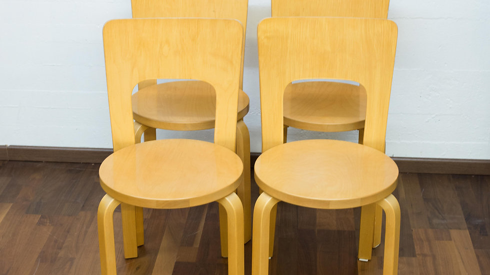 4er Set Alvar Aalto Modell 66 Stühle von Artek