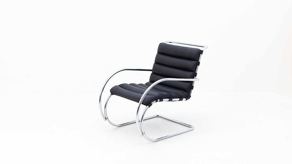 Ludwig Mies van der Rohe MR Sessel von Knoll International