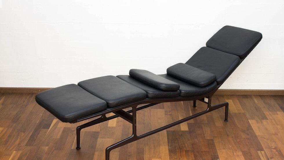 Eames Soft Pad Chaise ES 106 von Vitra