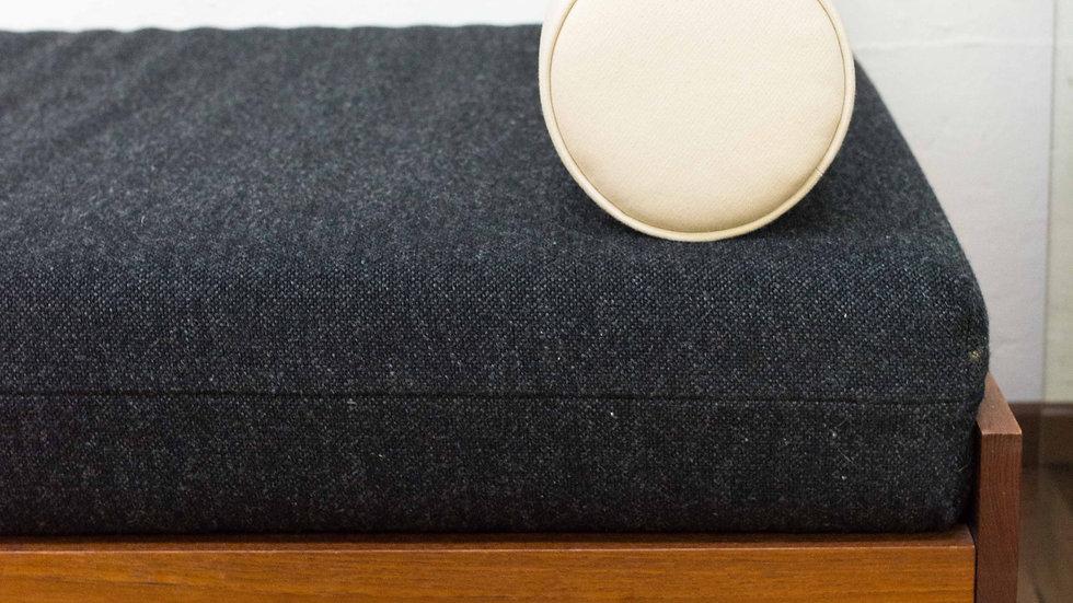 minimalistisches 60er Jahre Day Bed