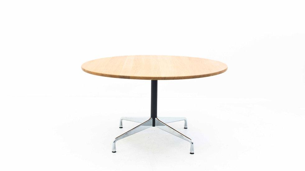 Charles & Ray Eames Segmented Table 130 cm