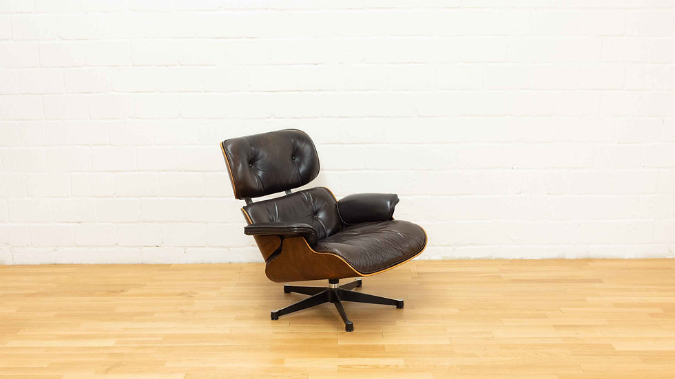 Charles & Ray Eames 670 Lounge Chair von Vitra / Herman Miller