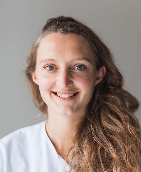 Ostéopathe Auray Elisbeth Roquais Petresco