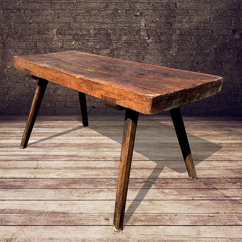 Fabulous primitive table