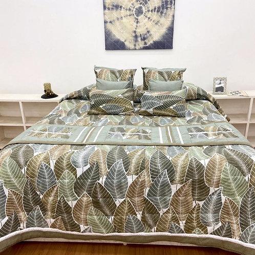 Quilt Bed Cover Set - Leaf Print