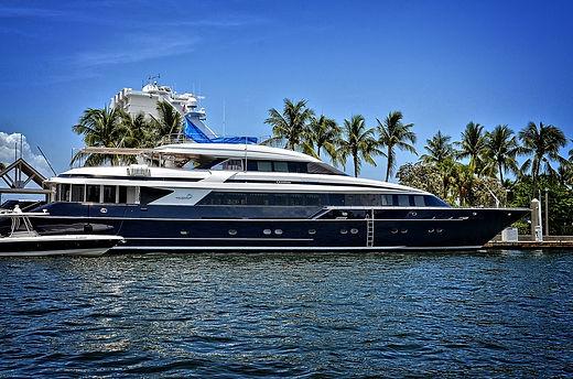 yacht-1604478_1280.jpg