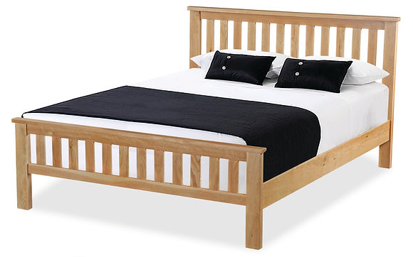 Oak 87 - Slatted Bed 4'6