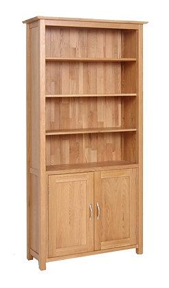 Oak 1 - Bookcase With Cupboard