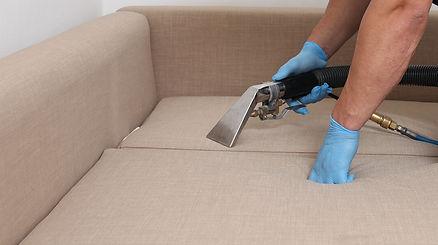 service de nettoyage & détachage de canapé à Avignon, Aix-en-Provence, Marseille, Toulon, Hyres,