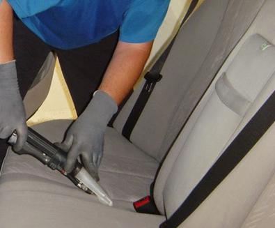 entrepise de nettoyage & désinfection d'intérieur de voiture à Marseille, Aix-en-Provence, pressing auto habitat clean, pressing