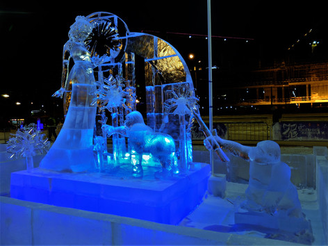 Ice sculptures photo Maksim Oborin