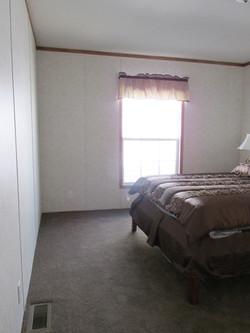 400 Bedroom#2-2.JPG
