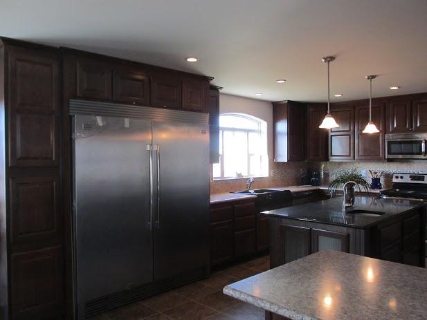358 Refrigerator-Freezer Combo
