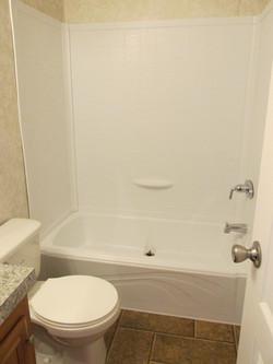 400 Bath#1-1.JPG