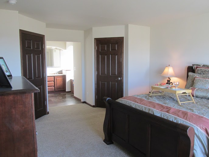 358 Master Bedroom & Closets