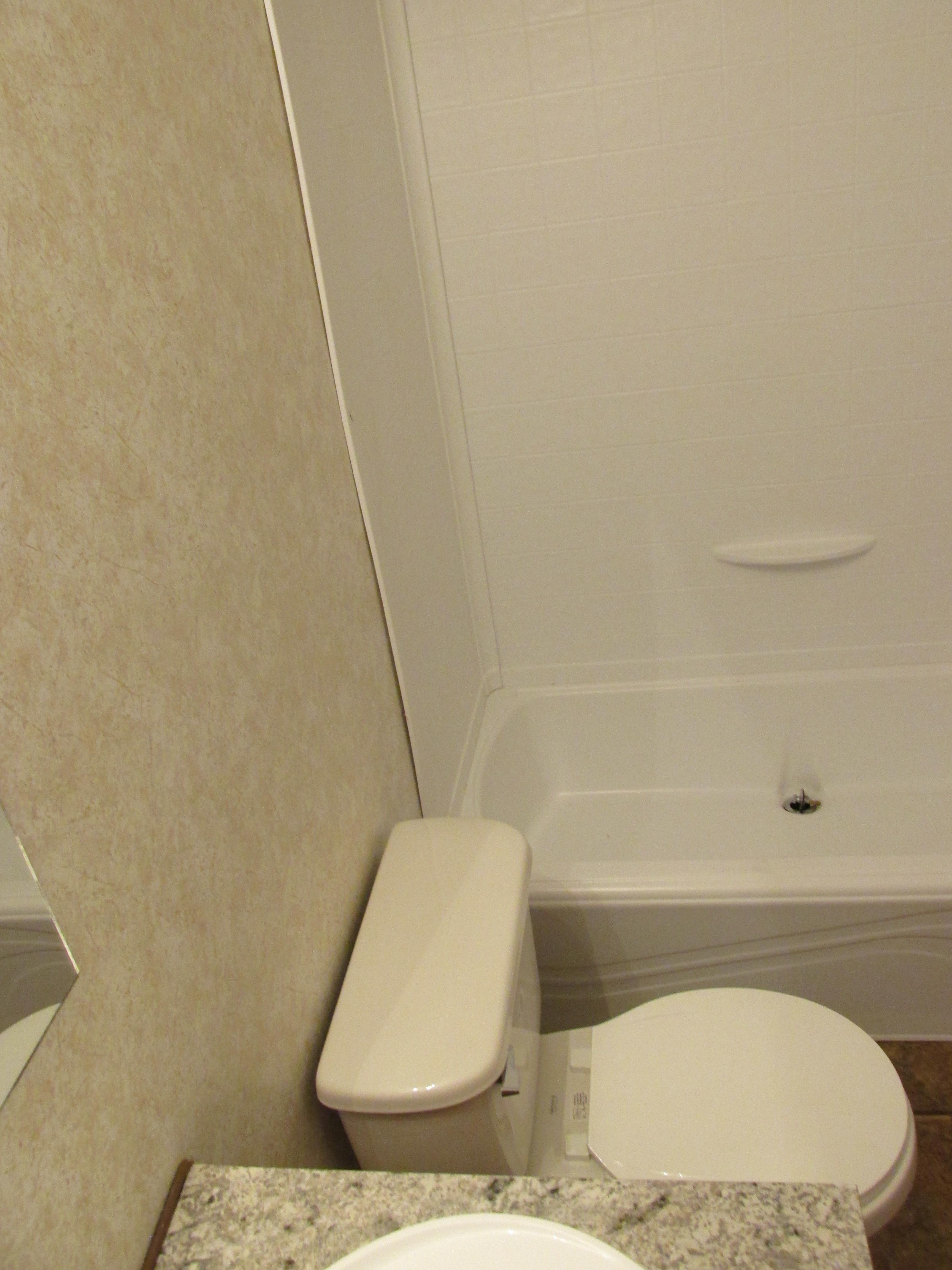 400 Bath#1-4.JPG