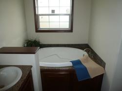 358 Master Bathroom Tub