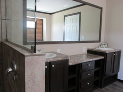 437 Master Bathroom .JPG