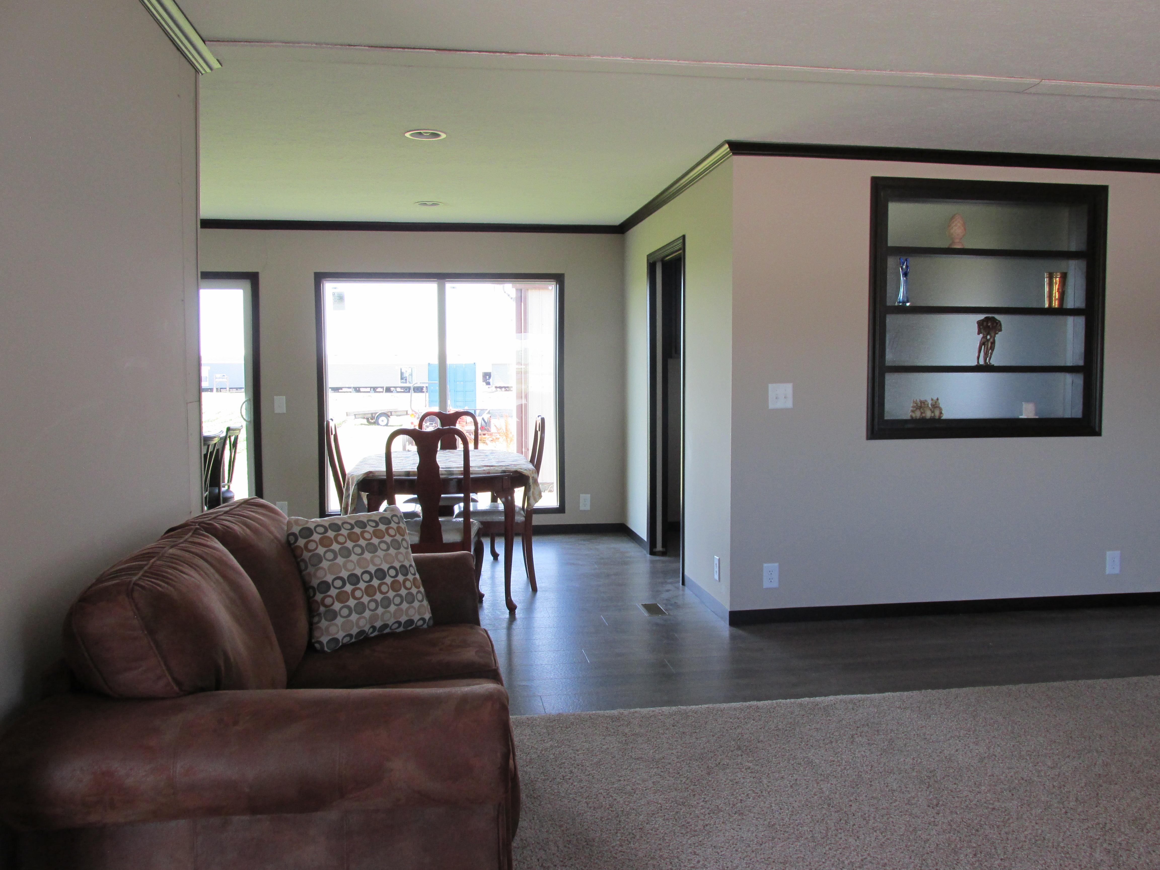 437 Living Room.JPG