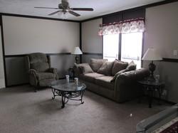 387 Living Room.JPG