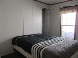 400 Bedroom#1-1.JPG