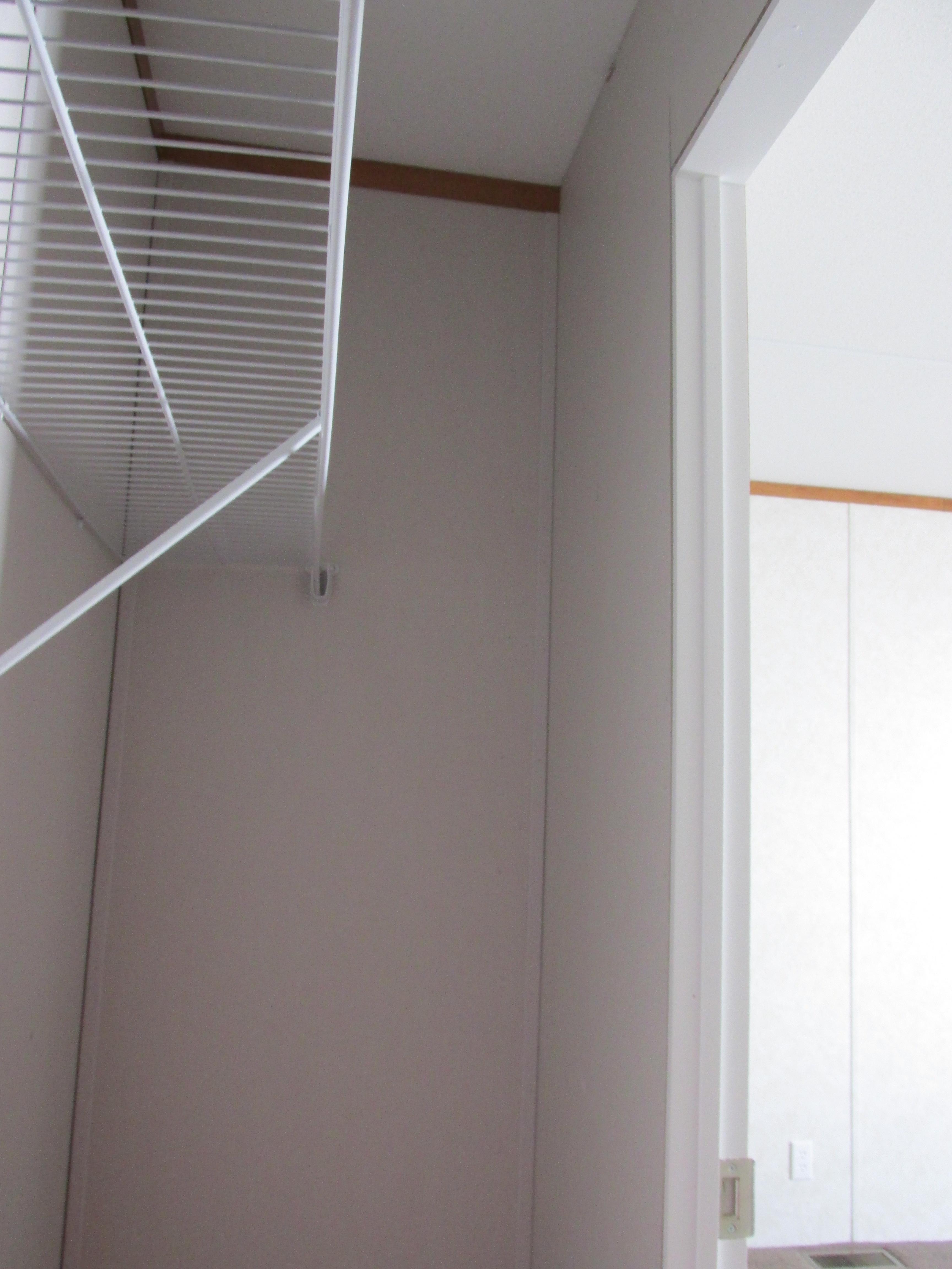 400 Bedroom#2 Closet.JPG