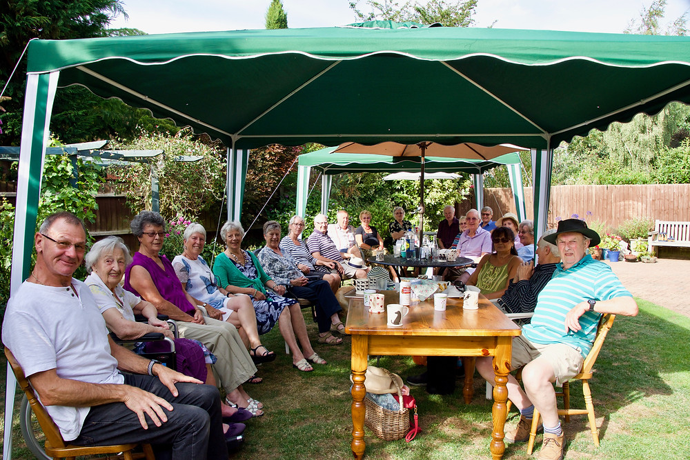 A very enjoyable social event took place on Saturday 4th with the hot weather including a cooling breeze.