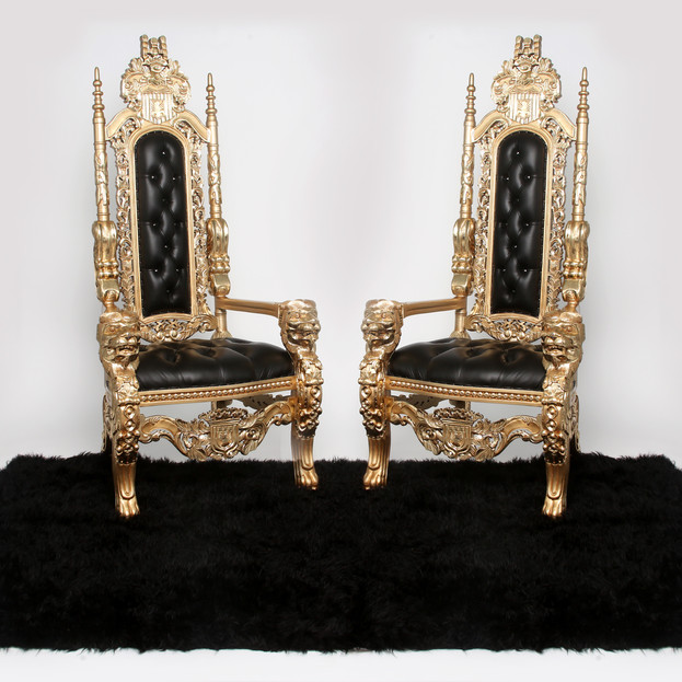 Black with Gold Trim Lion Throne
