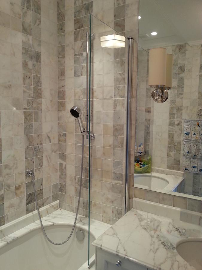 Экран для ванной в  профиле