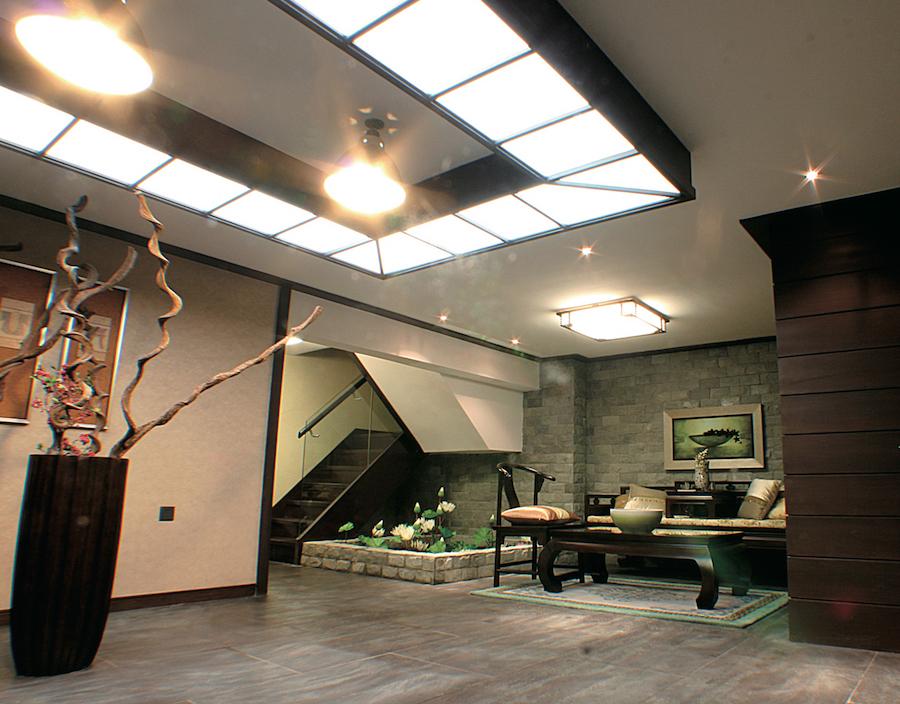 стеклянный потолок в коробе