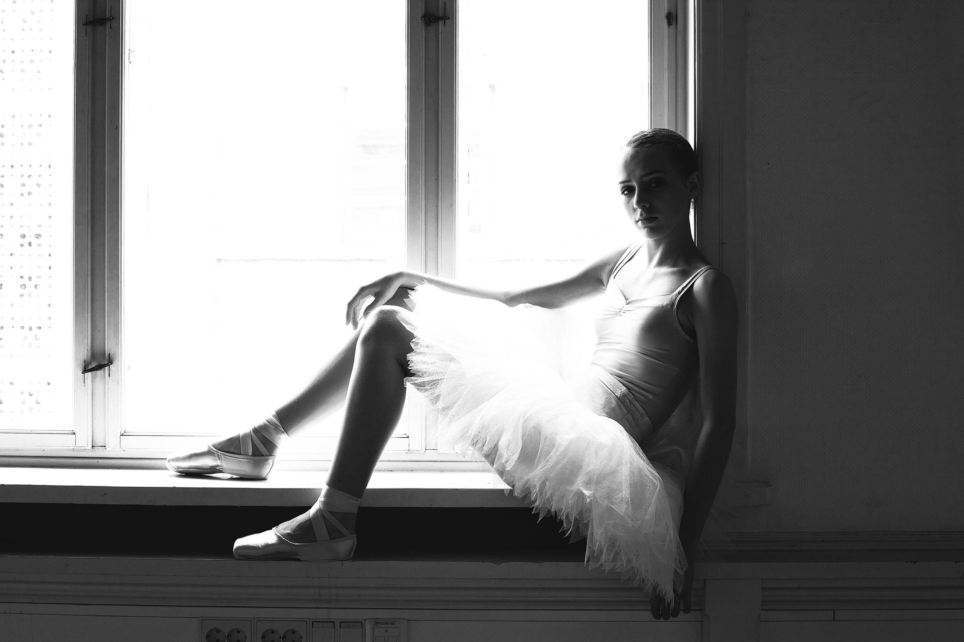Thinking ballerina