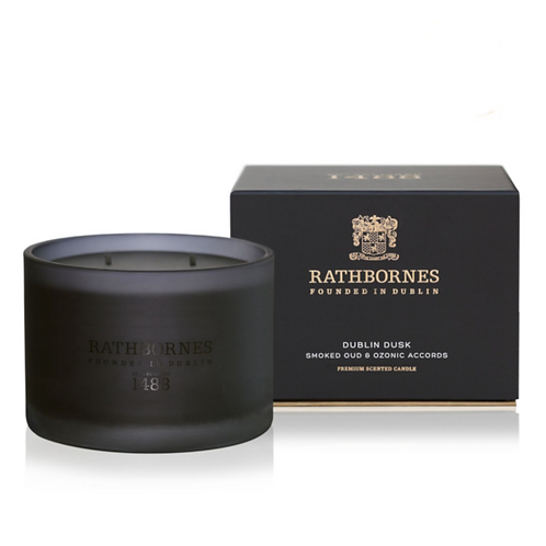 Rathbornes Smoked Oud & Ozone Scented Classic Candle