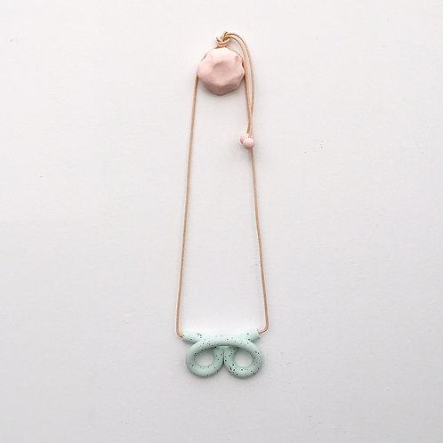 Kate Trouw Double Knot Necklace Mint