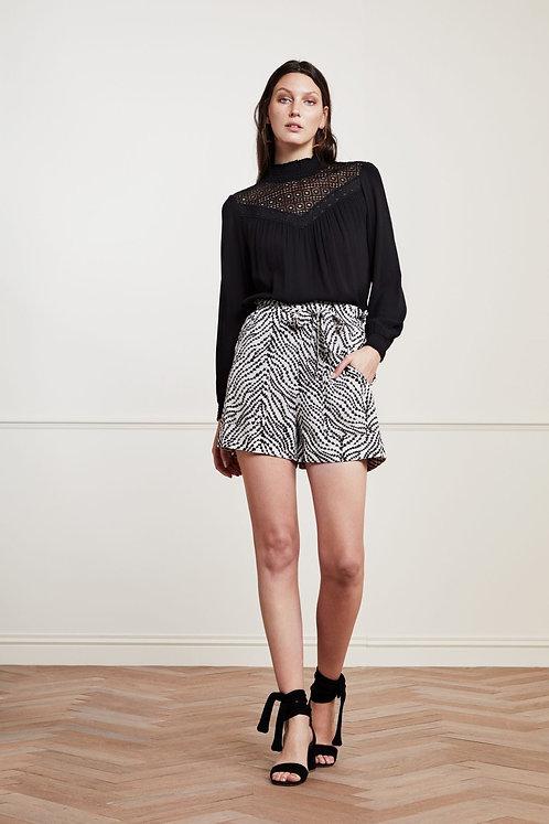 Fabianne Chapot Olivia Black Heart Shorts