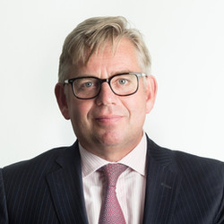 Dr. Gerard Schouw