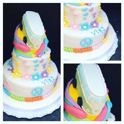 Torta modelada 3 pisos: 2 reales + 1 piso falso (envío GRATIS en Mont)