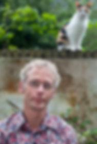 Veldkamp met kat[1].jpg