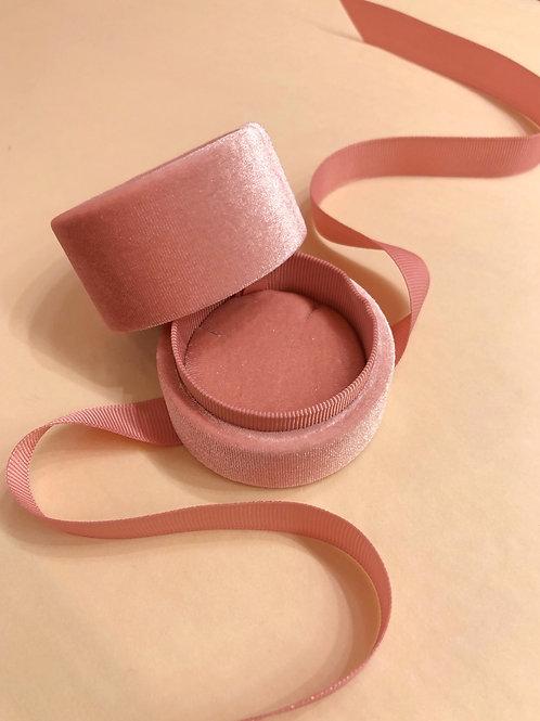 Necklace velvet box