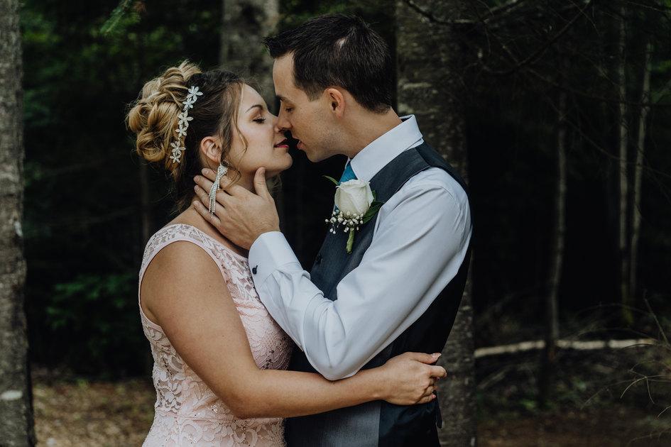 Mariage chalet en bois rond