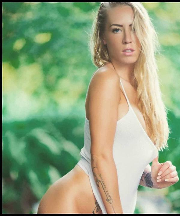 Stripteaseuse Vénissieux Jenna