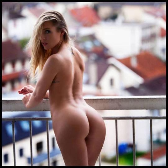 Stripteaseuse Paris Charlene
