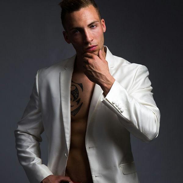 Stripteaseur Vitrolles Lorenzo