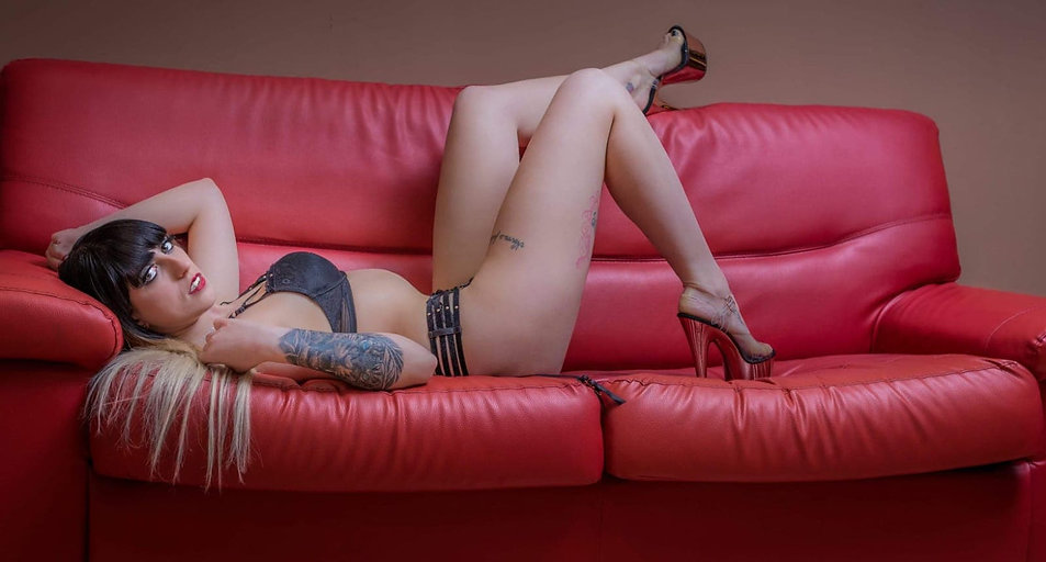 Stripteaseuse Luxembourg Célina