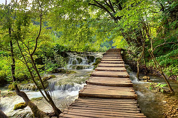 Croatia_Parks_Bridges_491907.jpg