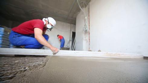 flooring installer.png