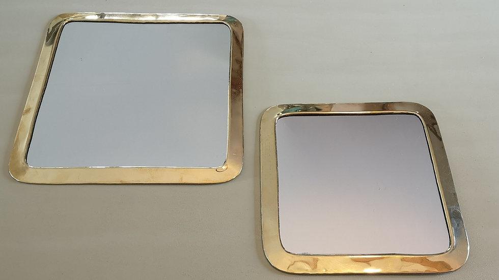 Miroir en laiton carré