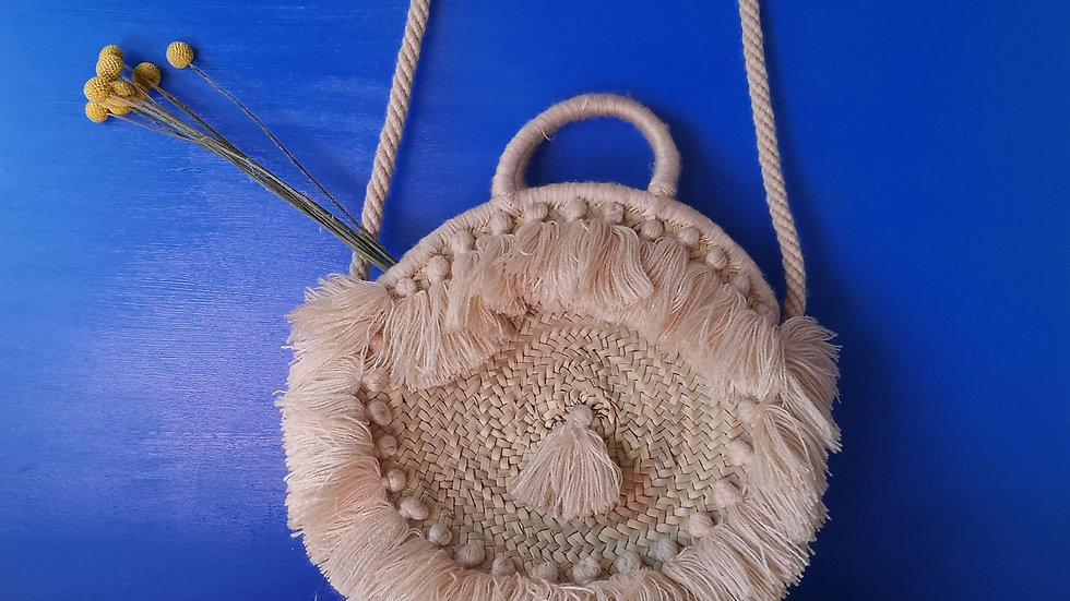 Sac Bohème en osier avec pompons en laine beige