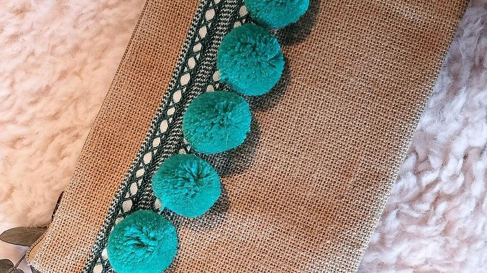 Pochette en toile de jute et pompons en laine VERT MENTHE